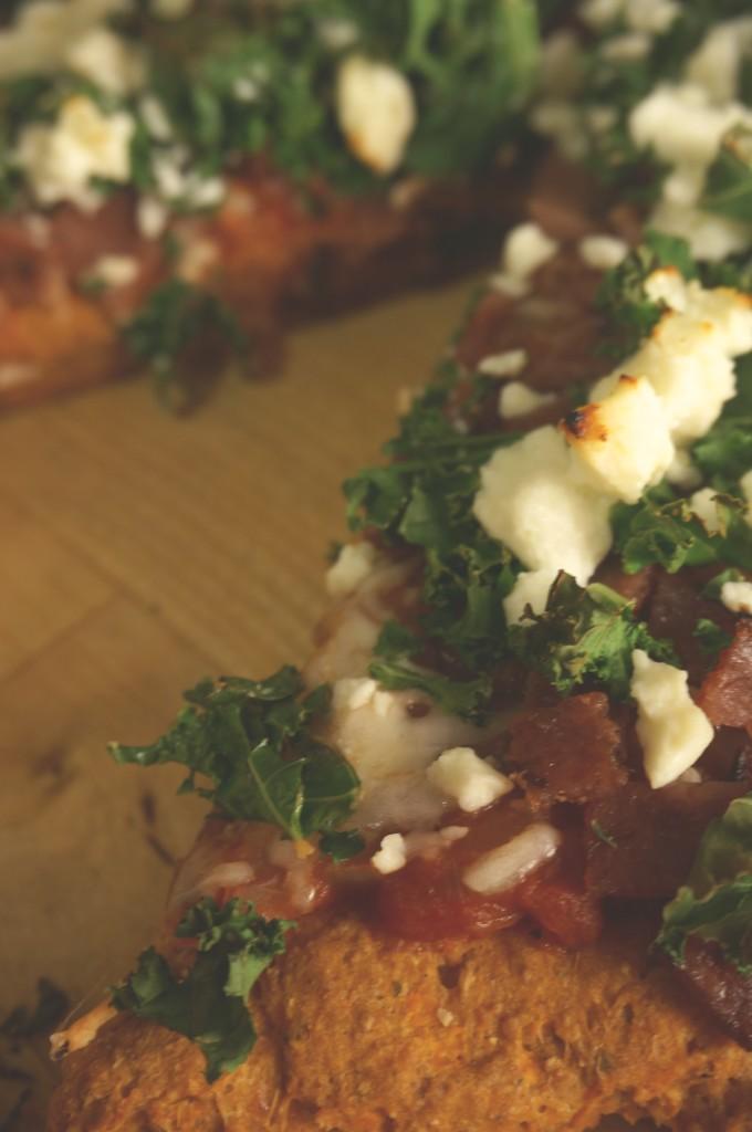 Sweet Potato Pizza with Kale, Turkey Bacon, and Feta - Kitschen Cat