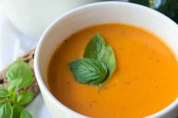 Pressure Cooker Creamy Tomato Basil Soup