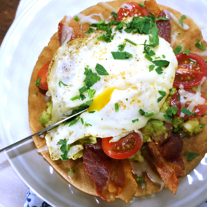 Pita Breakfast Pizza with Avocado and Fried Egg - Kitschen Cat