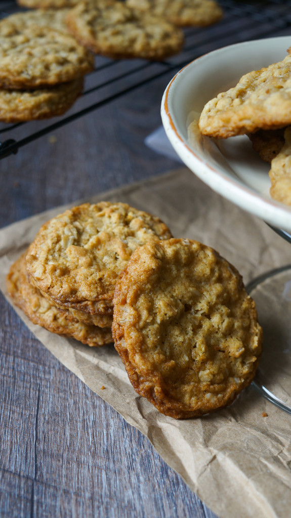 Ranchhouse Cookies. Crispy edges with a chewy center. Betcha can't eat just one!!