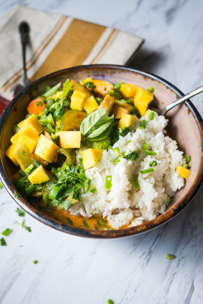 Summertime-Mango-Chicken-Curry-with-Coconut-Rice-4-400x600.jpg