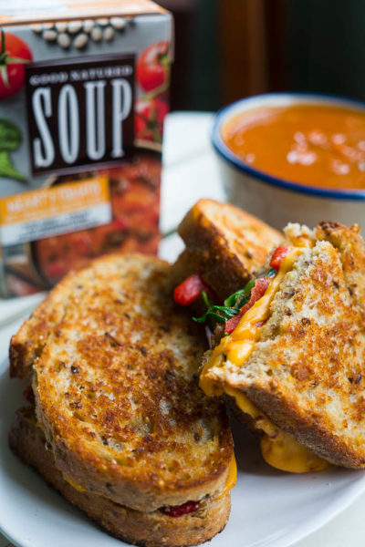 Spinach and Roasted Red Pepper Chipotle Grilled Cheese