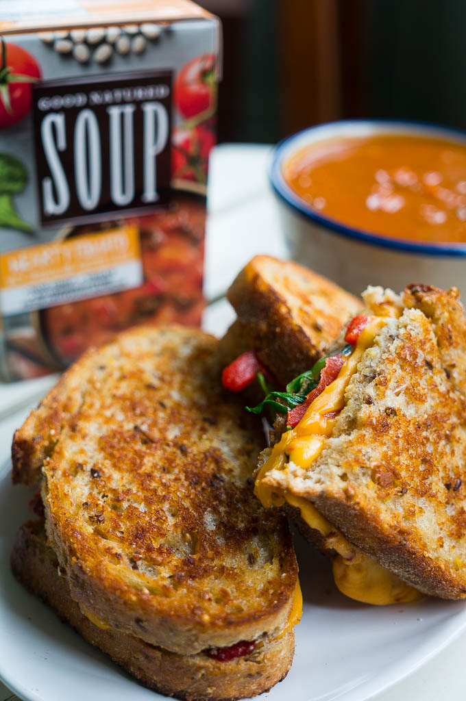 Spinach and Roasted Red Pepper Chipotle Grilled Cheese ...