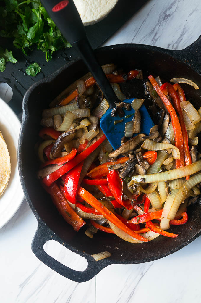 Portabello Mushroom Fajitas. A quick and easy weeknight meal that's so healthy but tastes like a cheat meal it's so good!