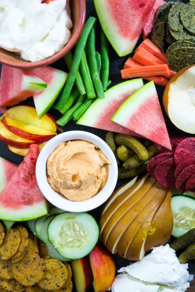 How to Create the Perfect Summer Snack Board for Less Than $20!