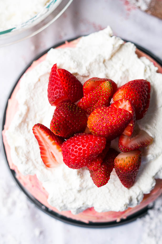 Pressure Cooker Strawberry Brownie Cheesecake is the perfect valentines day treat for your sweetie!