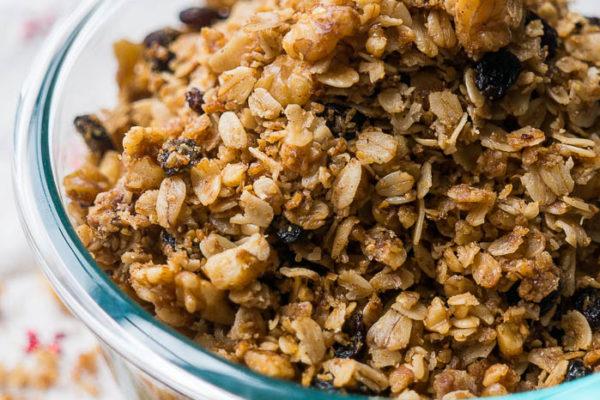 Slow Cooker Cinnamon Raisin Granola